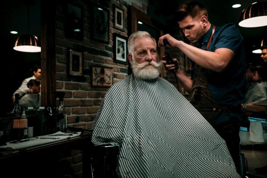 Мужчина в любом возрасте должен выглядеть ухоженно и презентабельно