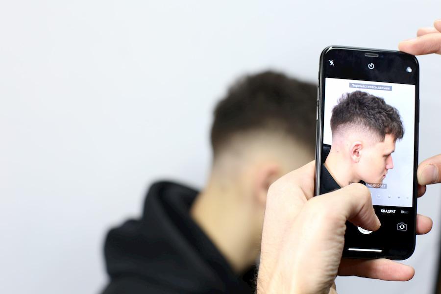 Так выглядит кроп в сочетании с фейдом — техникой, которая позволяет создать эффект напыления на волосах