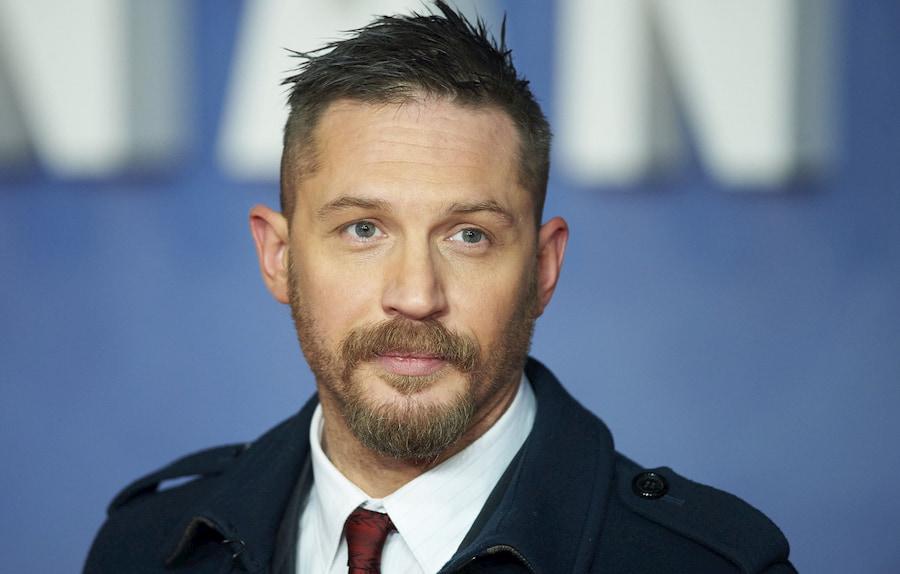 «Я никогда не сбрею бороду ради кого-то», - так звучит одно из правил жизни Тома Харди. Продолжение фразы можно найти в интернете