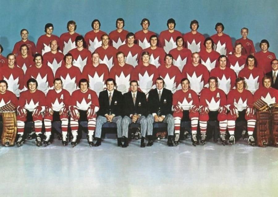 Возможно, это не более, чем красивая легенда. На фото — сборная Канады по хоккею, 1972 год (источник — back-in-ussr.com)