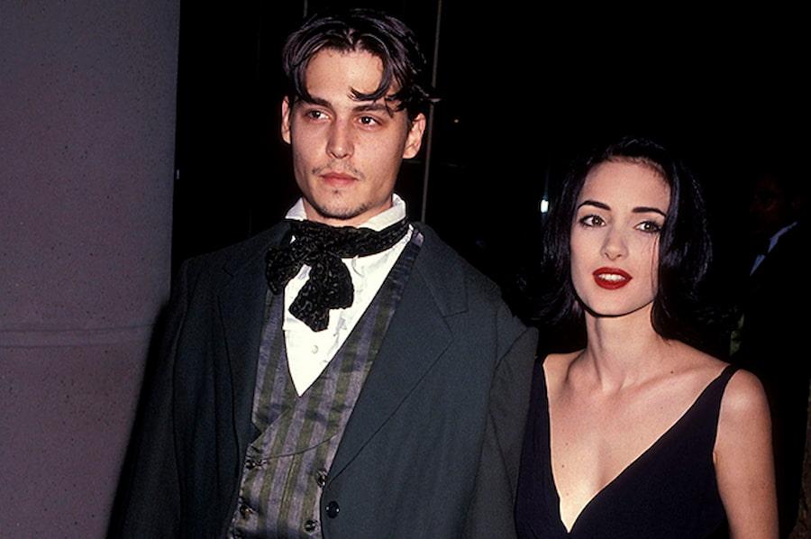 Позже Джонни стал носить кертенс, а Вайнона отрастила волосы, но все равно их прически были очень похожи