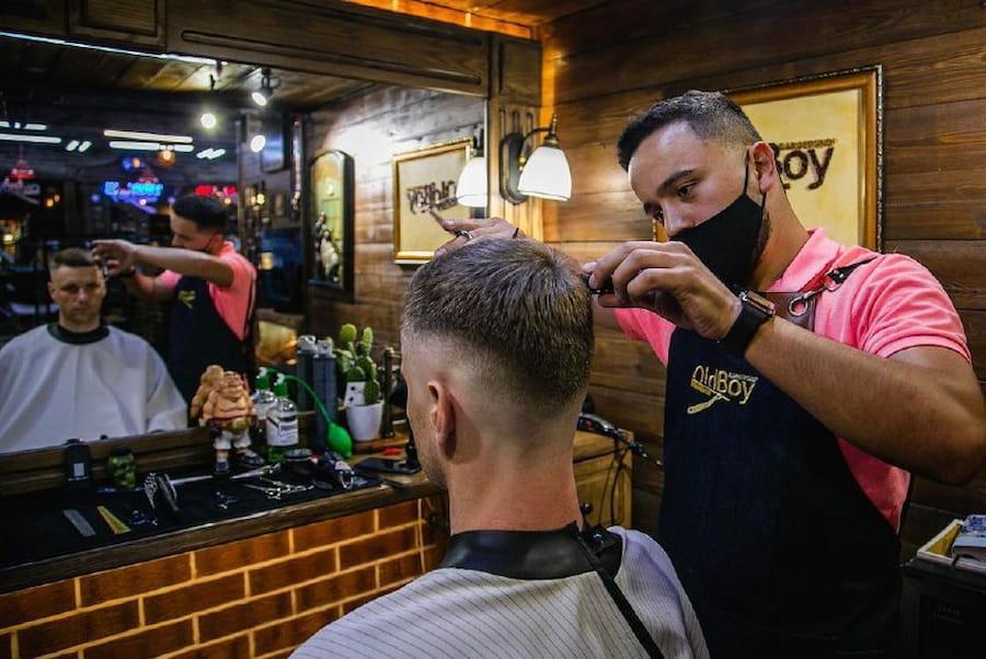 В OldBoy Barbershop вы можете полностью довериться профессионалам