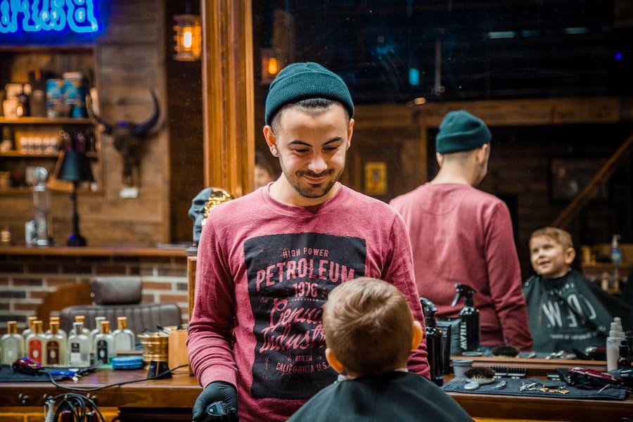 Барберы OldBoy умеют найти подход к самым маленьким клиентам